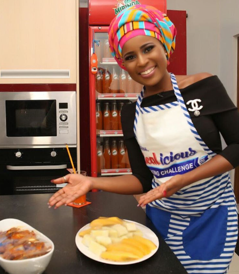 Can Berla Mundi Cook? Watch Her Whip Up Her Favourite Meal