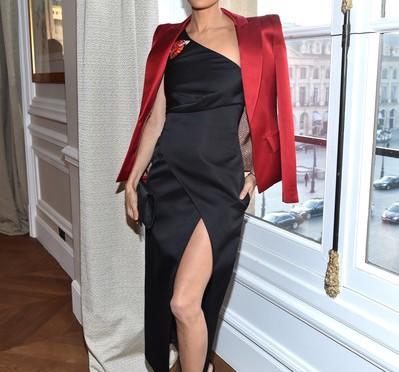 Slayed or Nah? Thandie Newton At Paris Fashion Week 2017